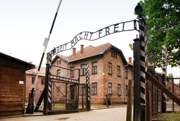 Auschwitz Birkenau Tour Auschwitz I 600x402