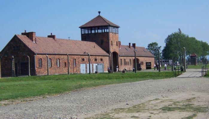 Krakow and Auschwitz Tour Gate of Death at Auschwitz