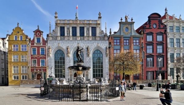 3 Day Trip From Warsaw: Pearl Of Northern Poland Gdansk 600x343