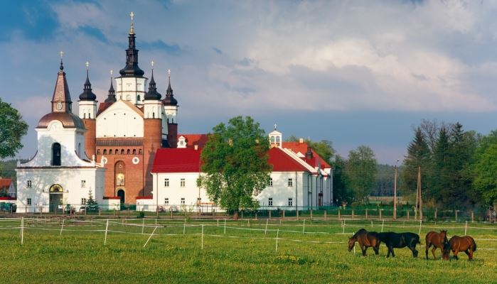 3 Day Trip From Warsaw: Pearl Of Northern Poland Grabarka 3