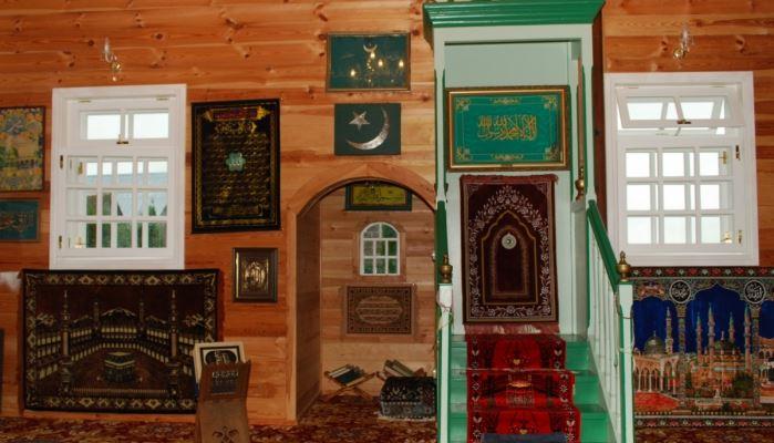 Mosques Bohoniki and Kruszyniany Tour Kruszyniany Green Mosque