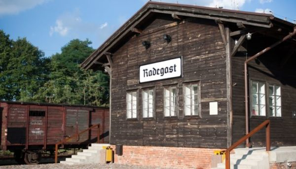 4 Day Trip From Warsaw: Poland Jewish Heritage Tour Lodz Litzmannstadt Ghetto 600x343
