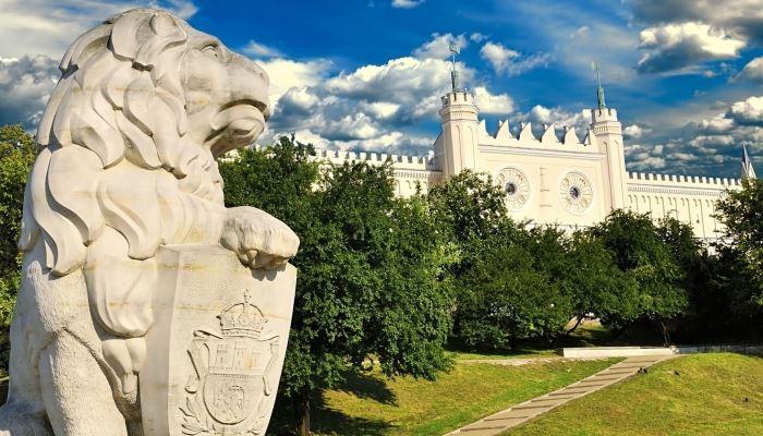 Kazimierz Dolny and Lublin and Majdanek Tour Lublin
