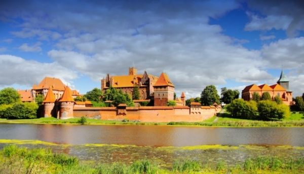 Malbork Tour - Castle of The Teutonic Order Malbork Tour 600x343