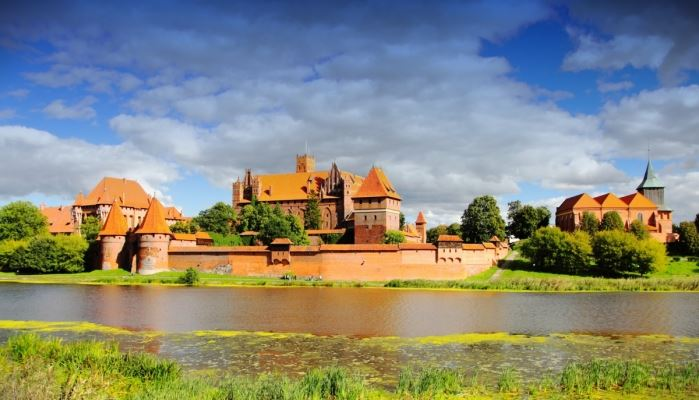 Malbork Tour - Castle of The Teutonic Order Malbork Tour