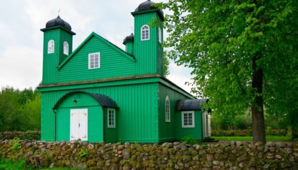 3 Day Trip From Warsaw: Pearl Of Northern Poland Mosques Bohoniki 600x343