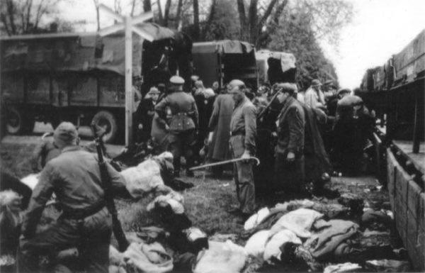 4 Day Trip From Warsaw: Death Camps in Poland OneDay Kulmhof Chelmno 600x385