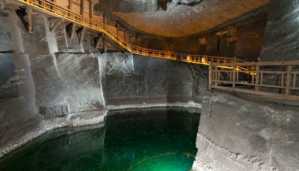 3 Day Trip From Warsaw: Highlights Of Poland Wieliczka Salt Mine 2 600x343