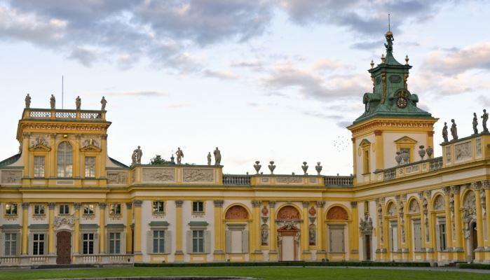 Warsaw Long City Tour Wilanow Royal palace