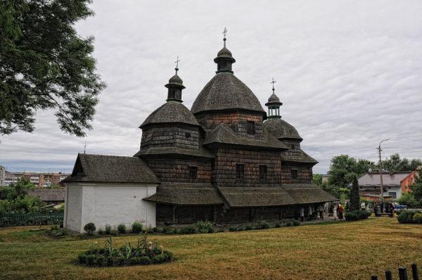 7 Day Trip From Warsaw: UNESCO World Heritage Sites in Poland Wooden Tserkvas 600x398